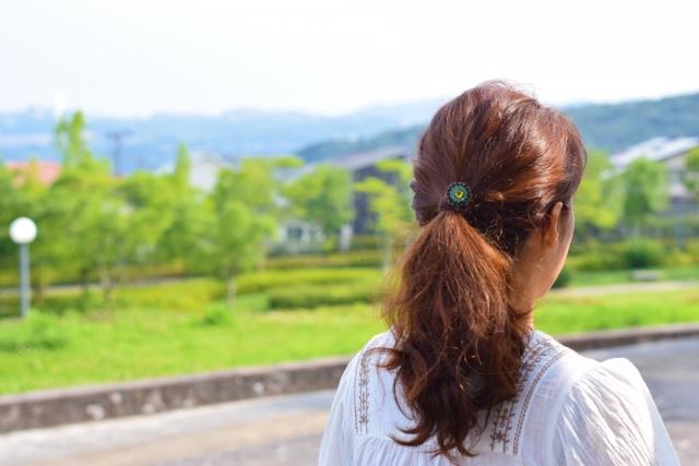 日焼けによりメラニン色素増えると白髪も増える