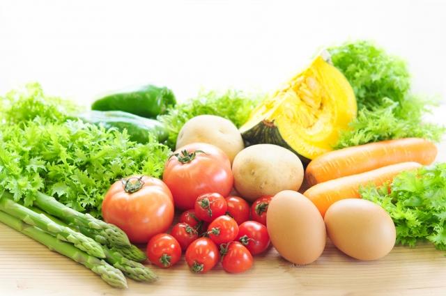 白髪の原因の対策に有効な栄養はミネラル(亜鉛)・タンパク質・ビタミン
