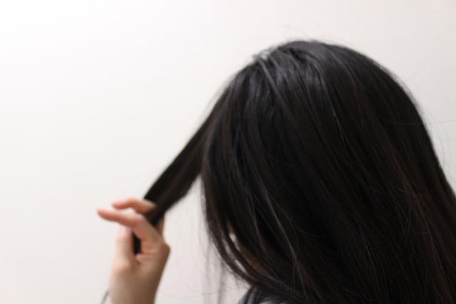 内側の白髪