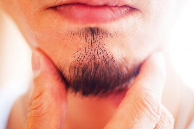 VIOやひげ・鼻毛の白髪に有効なニードル脱毛