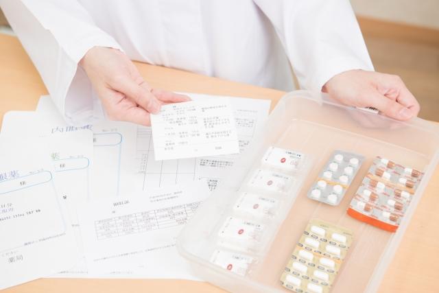 薬の副作用と白髪